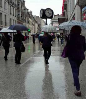 Unreliable evidence is misleading. Umbrellas in the sun.